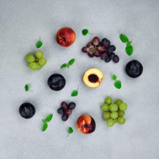 Stenfrugter og druer